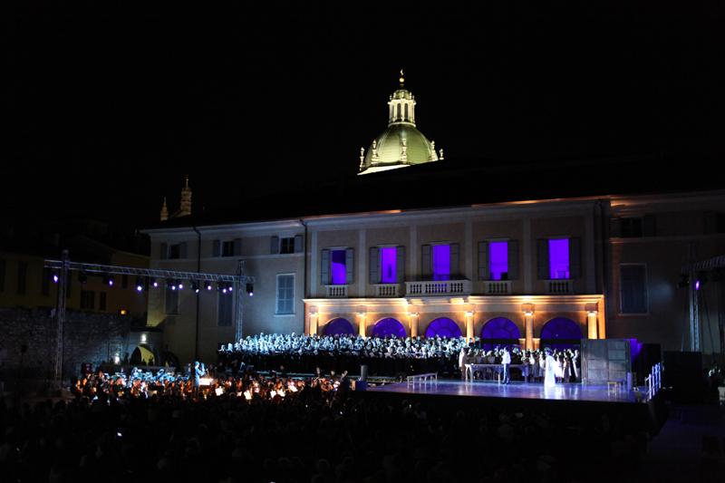 Arena del Teatro Sociale _ opera partecipata