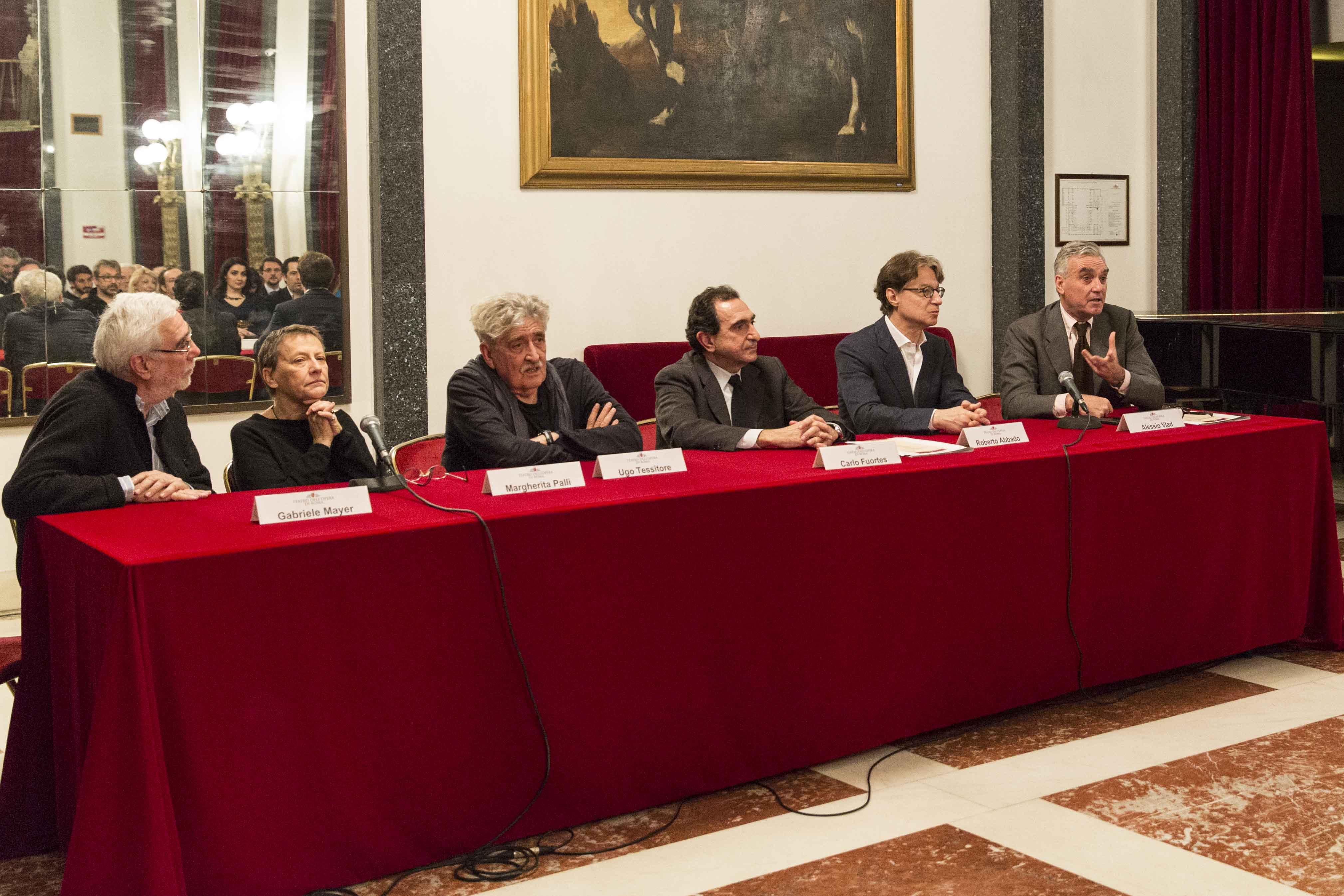 Conf Sta sulla Lucia di Lammermoor di Ronconi®Yasuko Kageyama-Opera di Roma 2014-15_7480
