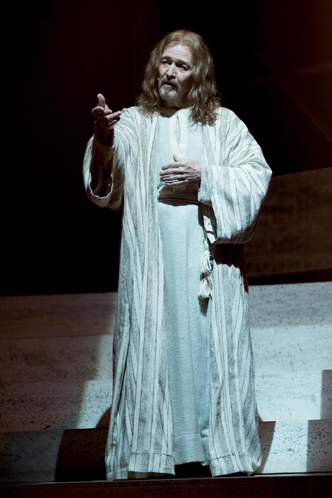 FOTO GIANMARCO CHIEREGATO JESUS VERTICALE BASSA DSC_0951a (1)