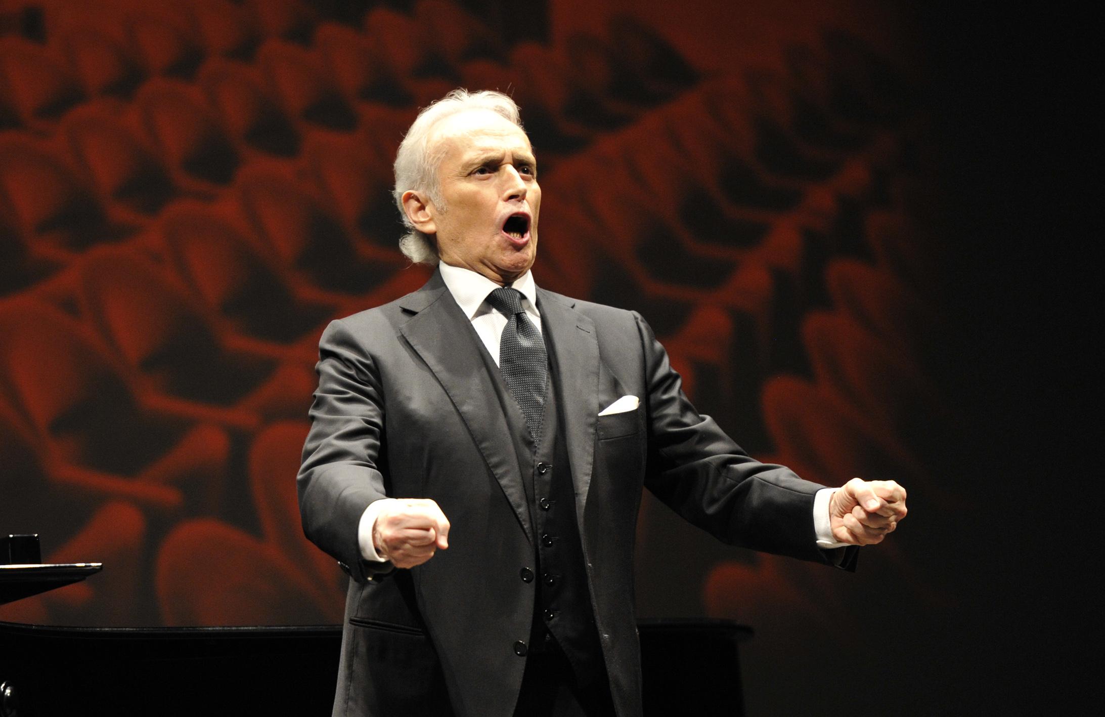 José Carreras in concerto al Teatro del Giglio (Foto Alcide, Lucca)