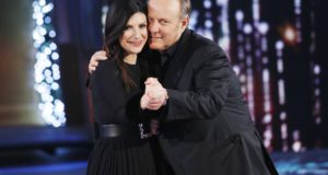 "LA PAUSINI TORNA IN TV CON ""LAURA XMAS HOUSE PARTY"" ACCOMPAGNATA DA GERRY SCOTTI"