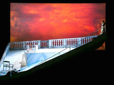 Opera-Tosca-2014-Teatro_Carlo_Felice_Genova-TCFG-Giacomo_Puccini-Maria_Guleghina-Davide_Livermore-Stefano_Ranzani-Opera_streaming-VOD-Streamopera