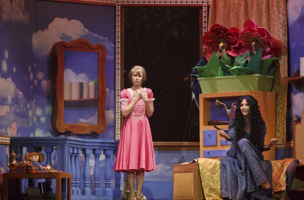 Roma, Teatro Brancaccio Dicembre 2014: RAUNZEL il Musical, con Lorella Cuccarini, regia Maurizio Colombi. ©Musacchio & Ianniello
