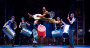 REVIEW – STOMP (2015)