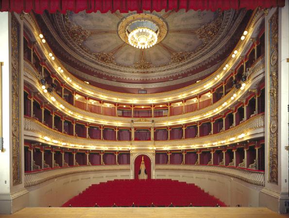 Teatro Borgatti
